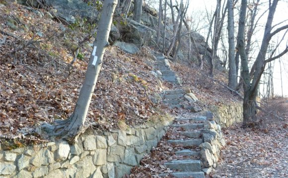 The Appalachian Trail ascends